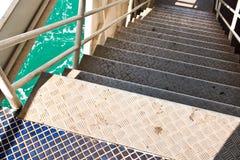 Escadas de aço. fotografia de stock