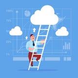 Escadas de Climb Up Ladder do homem de negócios, nuvens do céu do homem de negócio do conceito ilustração royalty free