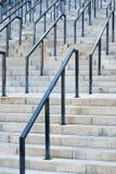 Escadas de pedra com trilhos fotografia de stock