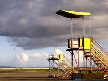Escadas do aeroporto ou do avião Fotografia de Stock Royalty Free