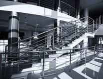 Escadas do cromo imagem de stock royalty free
