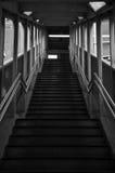 Escadas do estação de caminhos-de-ferro Imagem de Stock Royalty Free