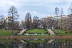 Escadas em um parque em Bucareste fotos de stock royalty free