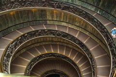 Escadas espirais dos museus do Vaticano no Vaticano imagens de stock royalty free
