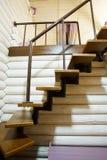 Escadas na casa de madeira Imagem de Stock