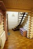 Escadas na casa de madeira Fotos de Stock