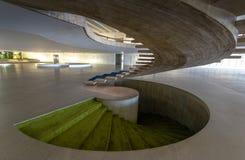 Escadas na entrada salão do interior do palácio de Itamaraty - Brasília, Distrito federal, Brasil imagem de stock