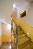 Escadas no apartamento luxuoso Foto de Stock Royalty Free