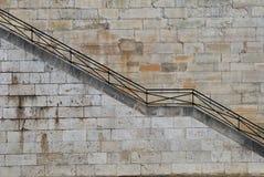 Escadas pelo beira-rio imagens de stock royalty free