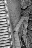 Escadas que vão para baixo imagens de stock