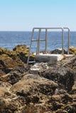 Escadas rochosas da praia da associação em Biscoitos Ilha de Terceira açores P Fotografia de Stock Royalty Free