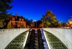 Escadas rolantes à estação de metro do círculo de Du Pont, em Washington, C.C. Fotografia de Stock