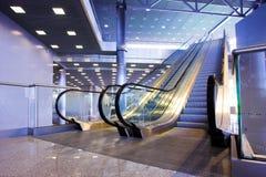 Escadas rolantes na exposição Fotografia de Stock Royalty Free