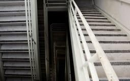 Escadas sujas da emergência Fotos de Stock