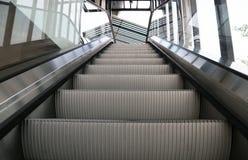 Escadas vazias da escada rolante Foto de Stock