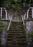 Escadas velhas arquitetura e etapas imagem de stock royalty free