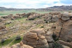 Escala das montanhas de pedra em do sul de Mongólia fotografia de stock royalty free