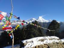 Escala de Annapurna no monte Nepal de Poon Fotos de Stock Royalty Free