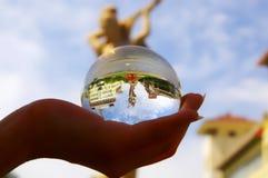 Escala de la ciudad de Dunhuang en la bola cristalina Imagen de archivo libre de regalías