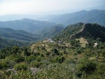 Escala de montanha azul Fotografia de Stock Royalty Free