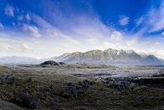 Escala de montanha preta. Nova Zelândia Fotografia de Stock