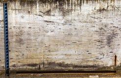 Escala del nivel del agua Foto del primer Imagen de archivo libre de regalías