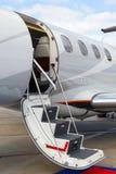 Escala en un jet privado imagenes de archivo