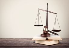 Escala, ley, abogado