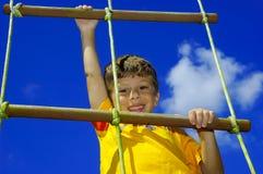 Escalada da criança Fotografia de Stock Royalty Free