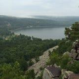 Escalada de Baraboo en el lago devils imagen de archivo libre de regalías