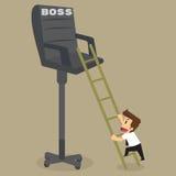 A escalada do homem de negócios na cadeira promoveu o chefe nivelado Fotografia de Stock