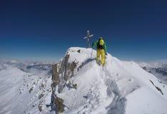 Escalada en el invierno, GEN del ¼ de HochfÃ, Austria Foto de archivo