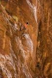 Escalada en Gorges du Todgha en Marruecos foto de archivo libre de regalías