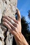 Escalada na pedra calcária Fotografia de Stock Royalty Free