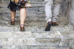 Escalada nas escadas de pedra Fotografia de Stock Royalty Free