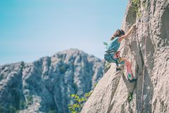 Escalade et alpinisme en parc national de Paklenica photo stock