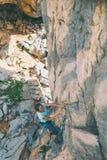 Escalade et alpinisme en parc national de Paklenica photographie stock libre de droits