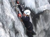 Escalador de hielo fotos de archivo libres de regalías
