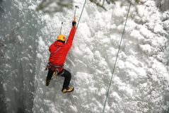 Escalador de hielo foto de archivo libre de regalías