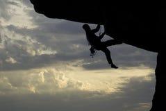 Escalador de roca imagen de archivo