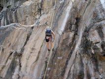 Escalador de roca Imagen de archivo libre de regalías