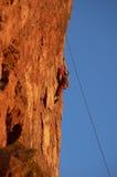 Escalador de roca del acantilado Imagen de archivo libre de regalías