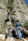 Escaladores de roca foto de archivo libre de regalías