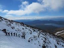 Escaladores del tongariro del Mt Fotos de archivo