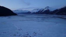 Escalando um penhasco em Alaska vídeos de arquivo