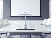 Escalas de justiça na tabela branca rendição 3d Fotos de Stock Royalty Free