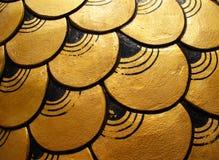 Escalas del dragón del oro Fotografía de archivo libre de regalías