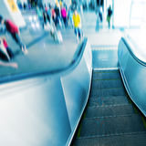 Escalator d'aéroport Photographie stock libre de droits
