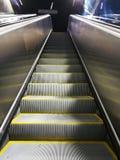 Escalator dans la métro photo libre de droits