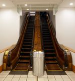 Escalator en bois photo stock